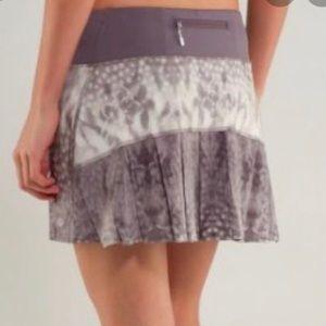 LULULEMON Snowy Owl Run Speed Skirt Skort Grey 10
